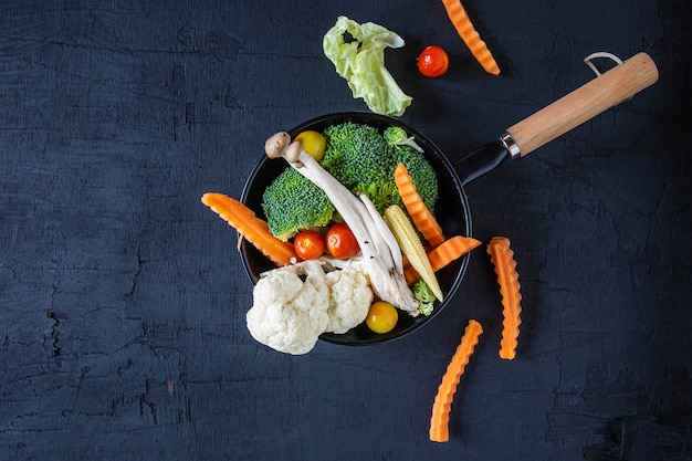 Mélange de légumes pour la santé sur la table