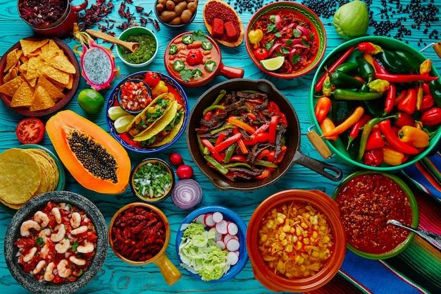 Mélange de nourriture mexicaine fond coloré