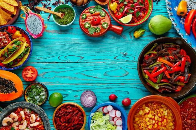 Mélange de plats mexicains fond coloré mexique