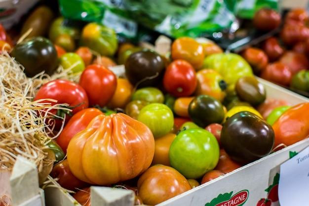 Mélange de tomates colorées