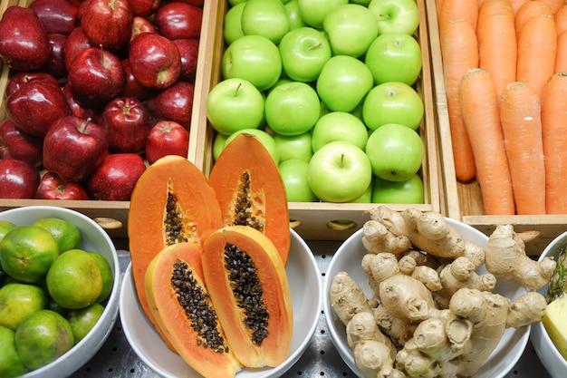 Mélanger les fruits