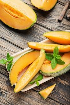 Melon frais jaune doux