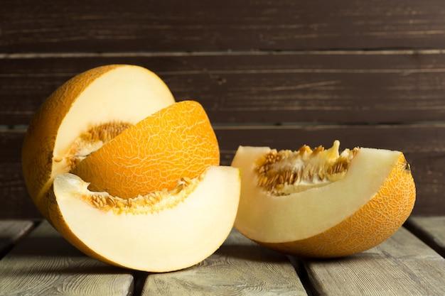 Melon sur table