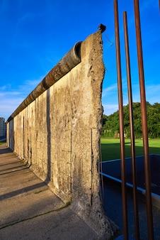 Mémorial du mur de berlin en allemagne