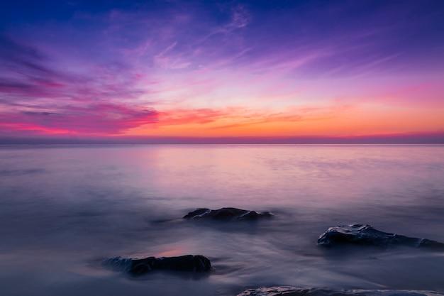 Mer et ciel au crépuscule