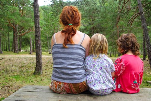 Mère, filles, séance, parc, forêt