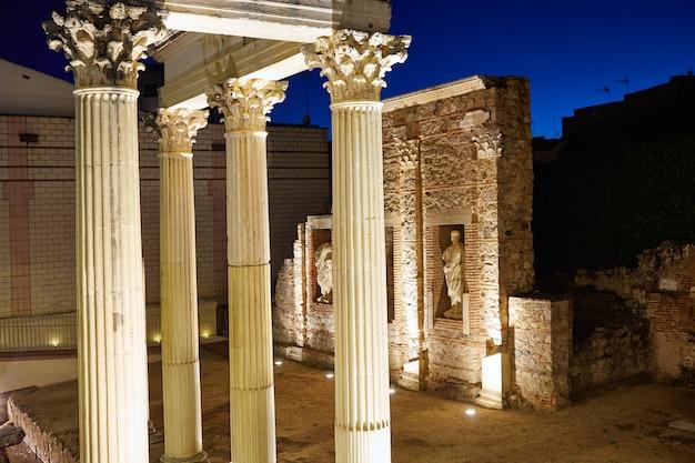 Mérida dans les ruines romaines de badajoz en espagne