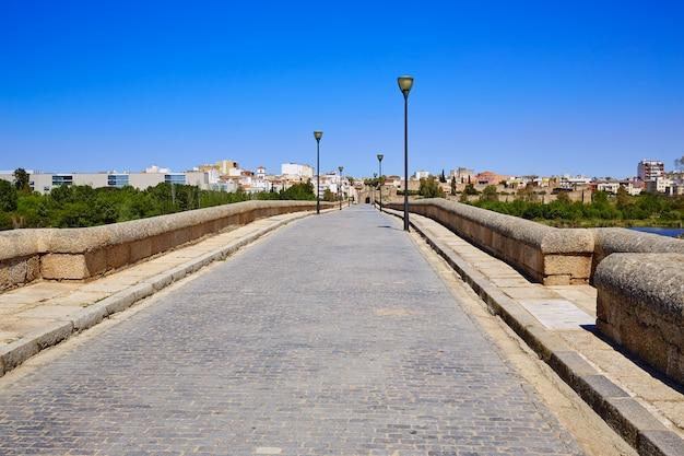 Merida en espagne entrée pont romain