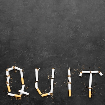 Message de cesser de fumer dans l'espace de copie