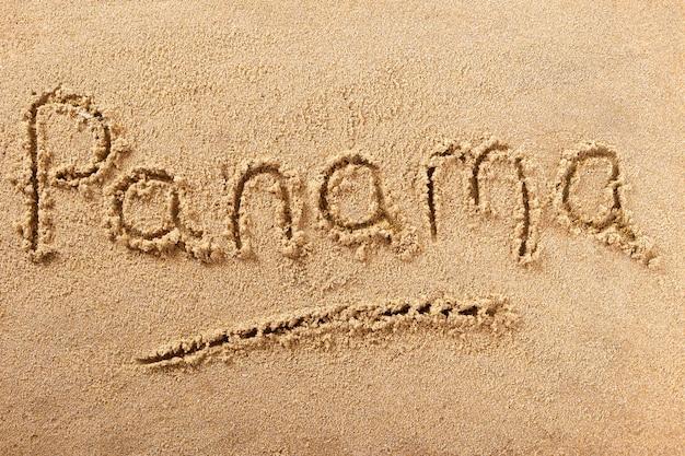Message de sable de plage manuscrite au panama