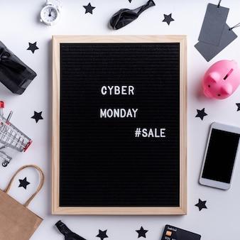 Message de vente cyber lundi sur tableau noir