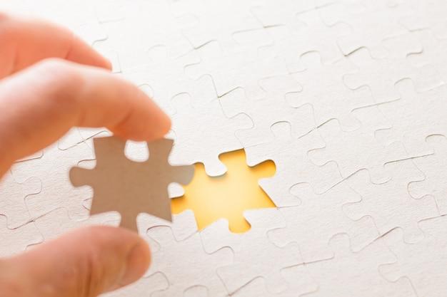 Mettez la dernière pièce du puzzle pour compléter la mission