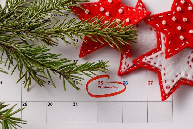 Mettre en évidence la date de noël sur le calendrier