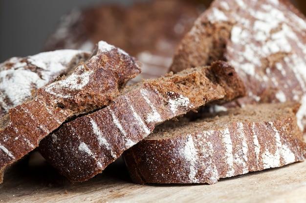 Miche de pain frais au seigle