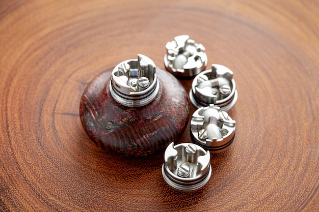 Micro-bobine dans des atomiseurs dégoulinants reconstructibles haut de gamme