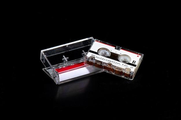 Microcassette avec enregistrement de l'interception téléphonique