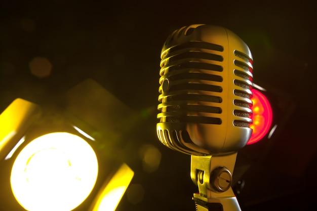 Microphone audio style rétro