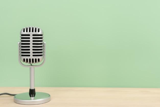 Microphone rétro avec espace copie sur table et cupidité