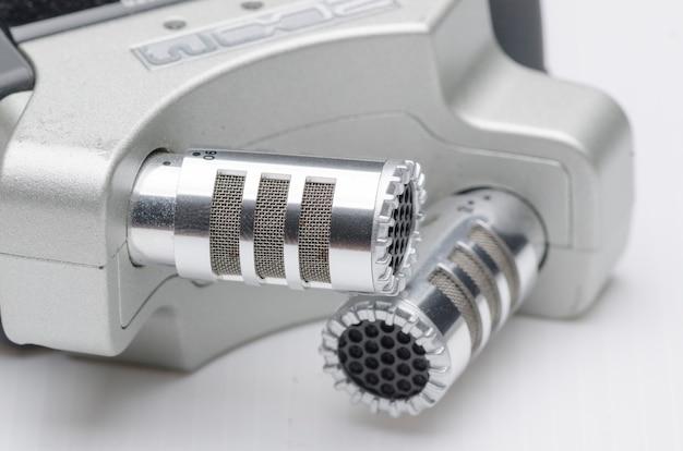 Microphone de studio à condensateur professionnel en gros plan