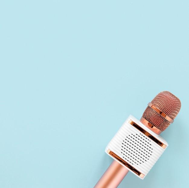 Microphone vue de dessus avec espace de copie