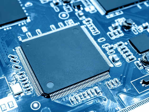 Microprocesseur sur circuit électronique