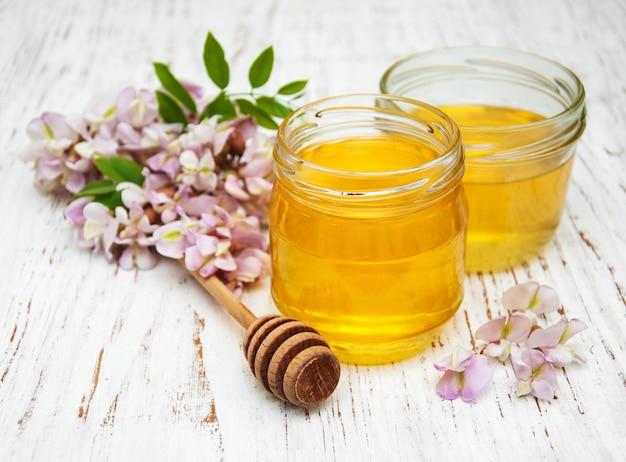 Miel aux fleurs d'acacia
