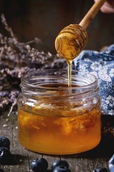 Miel, myrtilles et lavande