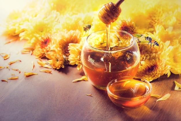 Miel en pot de verre