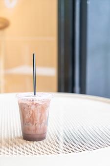 Milk-shake au chocolat glacé au café café
