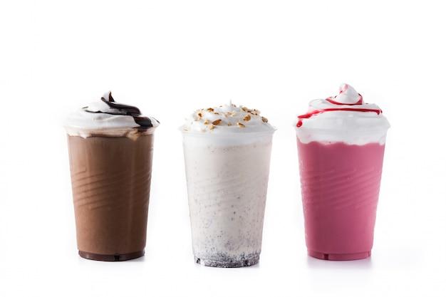 Milk-shake aux fraises, chocolat et blanc