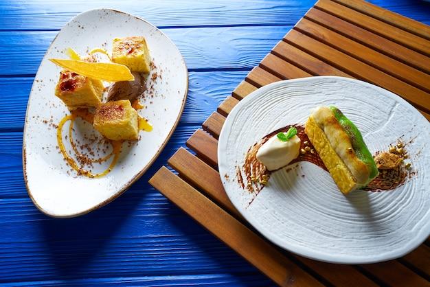 Millefeuille de crème à la cannelle et pistache