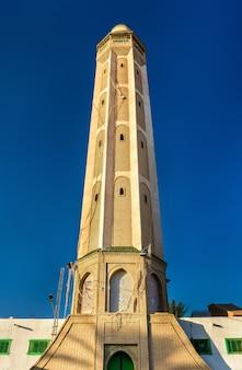 Minaret dans la médina de tozeur tunisie