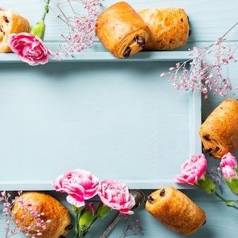 Mini pain aux croissants frais