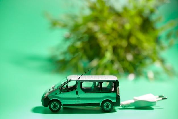 Miniature d'un véhicule avec prise électrique
