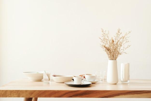 Minimalisme decor cafe pastel