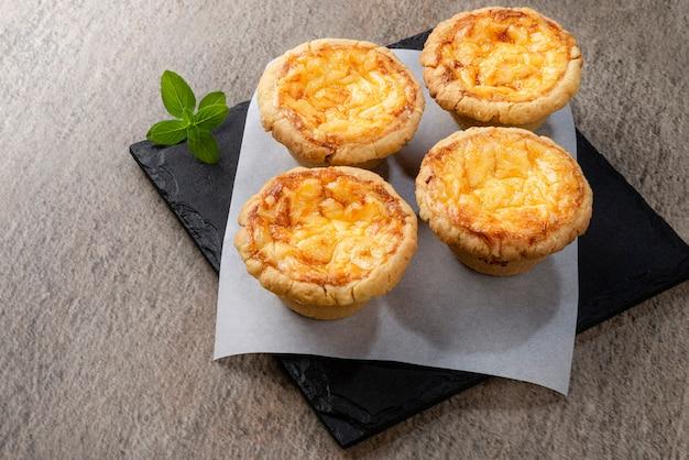 Miniquiche lorraine - cuisine française