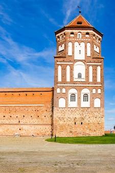 Mir, biélorussie. beau vieux château médiéval.