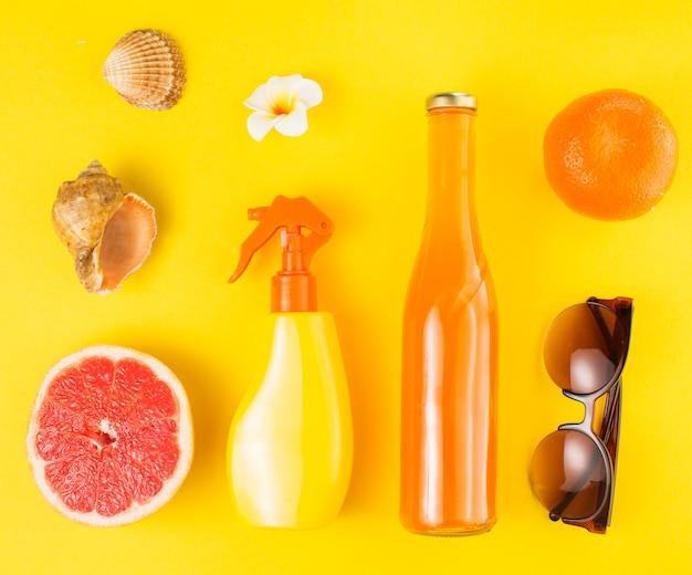 Mise en page d'été et tropicale avec des fruits