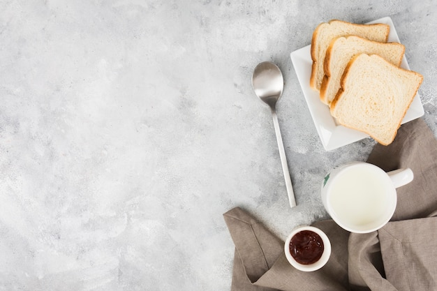 Mise à plat du concept de petit déjeuner délicieux