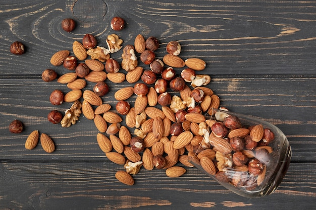 Mise à plat du pot d'amandes et autres noix