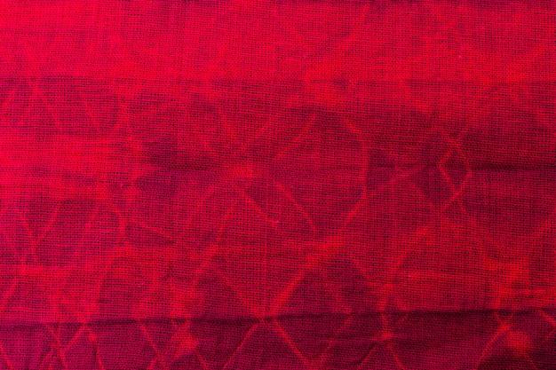 Mise à plat du textile tie-dye coloré