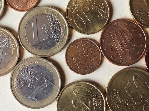 Mise à plat des pièces en euros