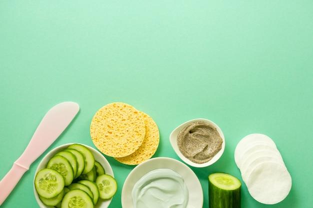Mise à plat des produits de soins du visage