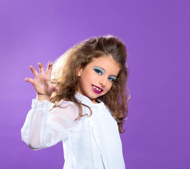 Mode enfant effrayant maquillage fille kid violet