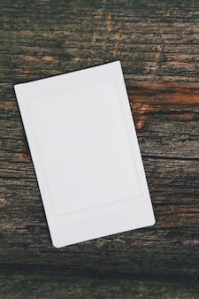 Modèle de cadre photo blanc