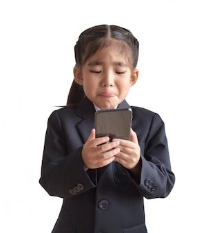 Modèle d'enfants asiatiques avec l'uniforme de l'entreprise en modèle de portrait