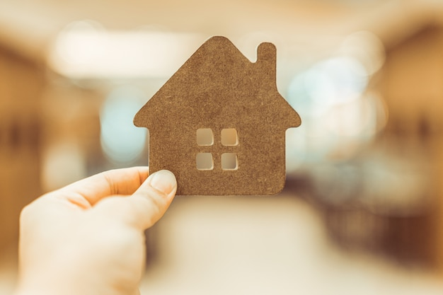 Modèle de maison en agent de courtier d'assurance habitation