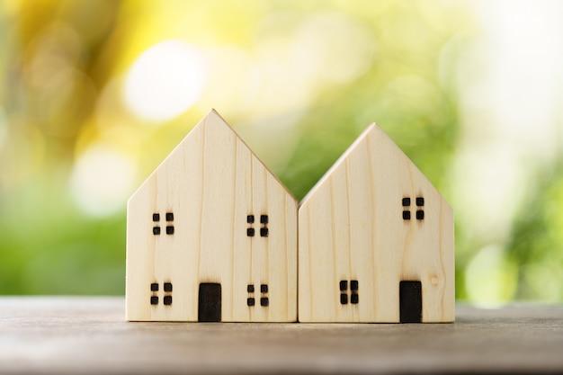 Modèle de maison modèle .utilisant comme concept d'entreprise de fond et concept immobilier