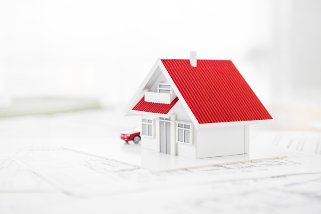 Modèle de maison sur papier blueprint