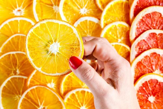 Modèle naturel oranges séchées en tranches